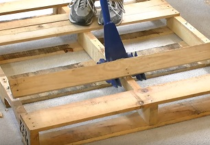 Tips and Tricks for Working with Pallet Wood