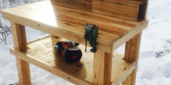 Outrageously Smart Recycled Pallet Ideas That You Can Build